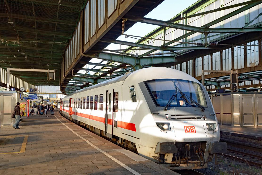 http://lokbildarchiv.de/HHA_2343d-801.jpg